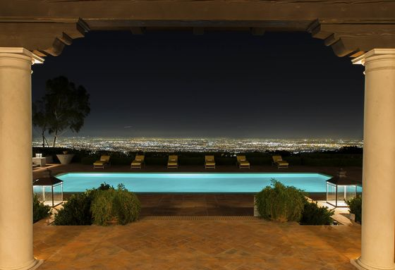 Someone Is Auctioning Off a51,000-Square-Foot Mansion in L.A.