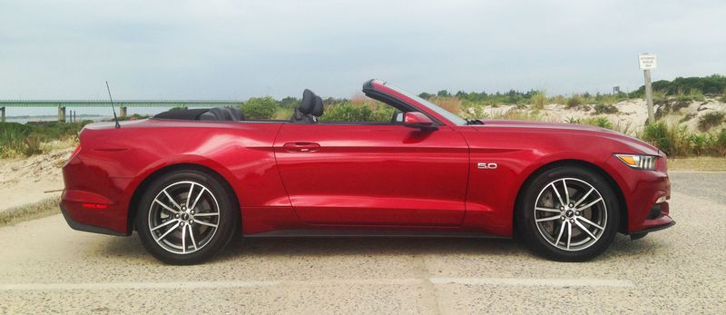 The Ford Mustang GT Convertible Is Still Lacking the Sweet Stuff