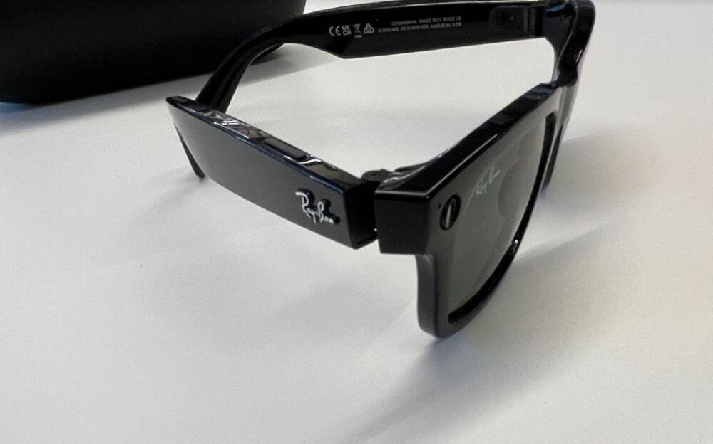 Facebook glasses Rayban