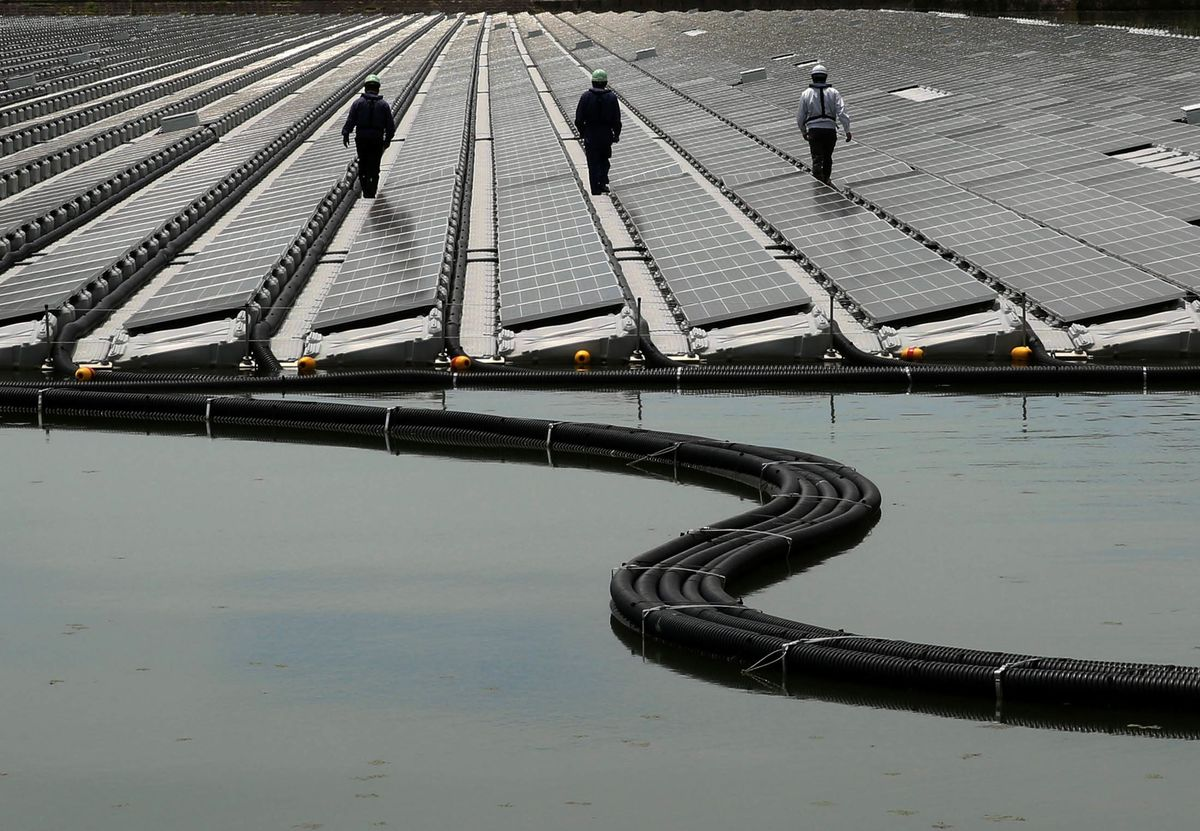 Japan's Renewable Energy Goals Lag World, Foreign Minister Says