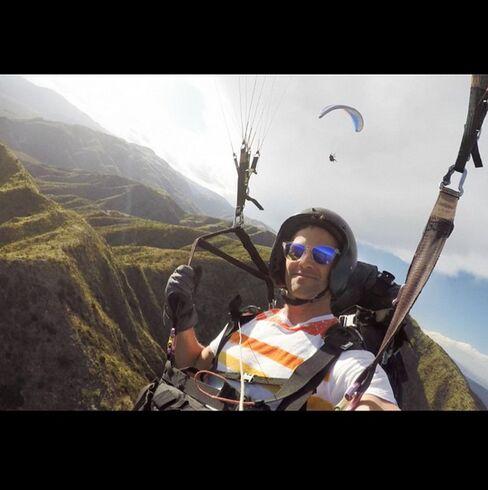 """Serenity in the skies of Mendoza #parasailing #andes"""