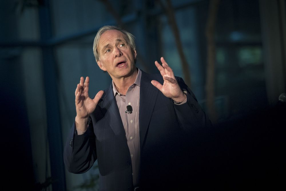 Ray Dalio Adds to Growing Gold Chorus as Mint CEO Awaits Retail Nod
