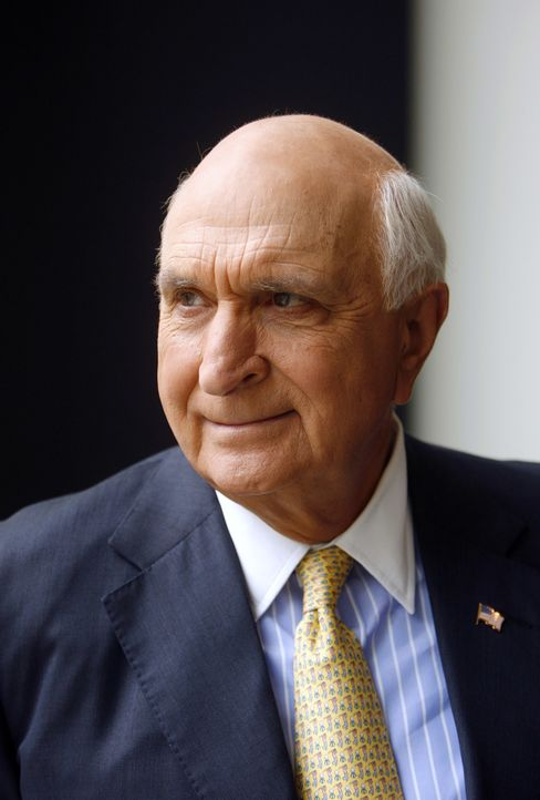 Chairman Langone Was NYU Hospital Patient in Storm Evacuation