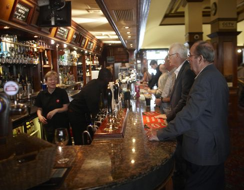Resilient U.K. Pubs May Appeal to Investors More Optimistic
