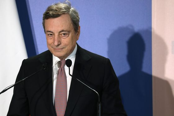 Draghi Ally Seen as Top Candidate to Run Italy's State Lender