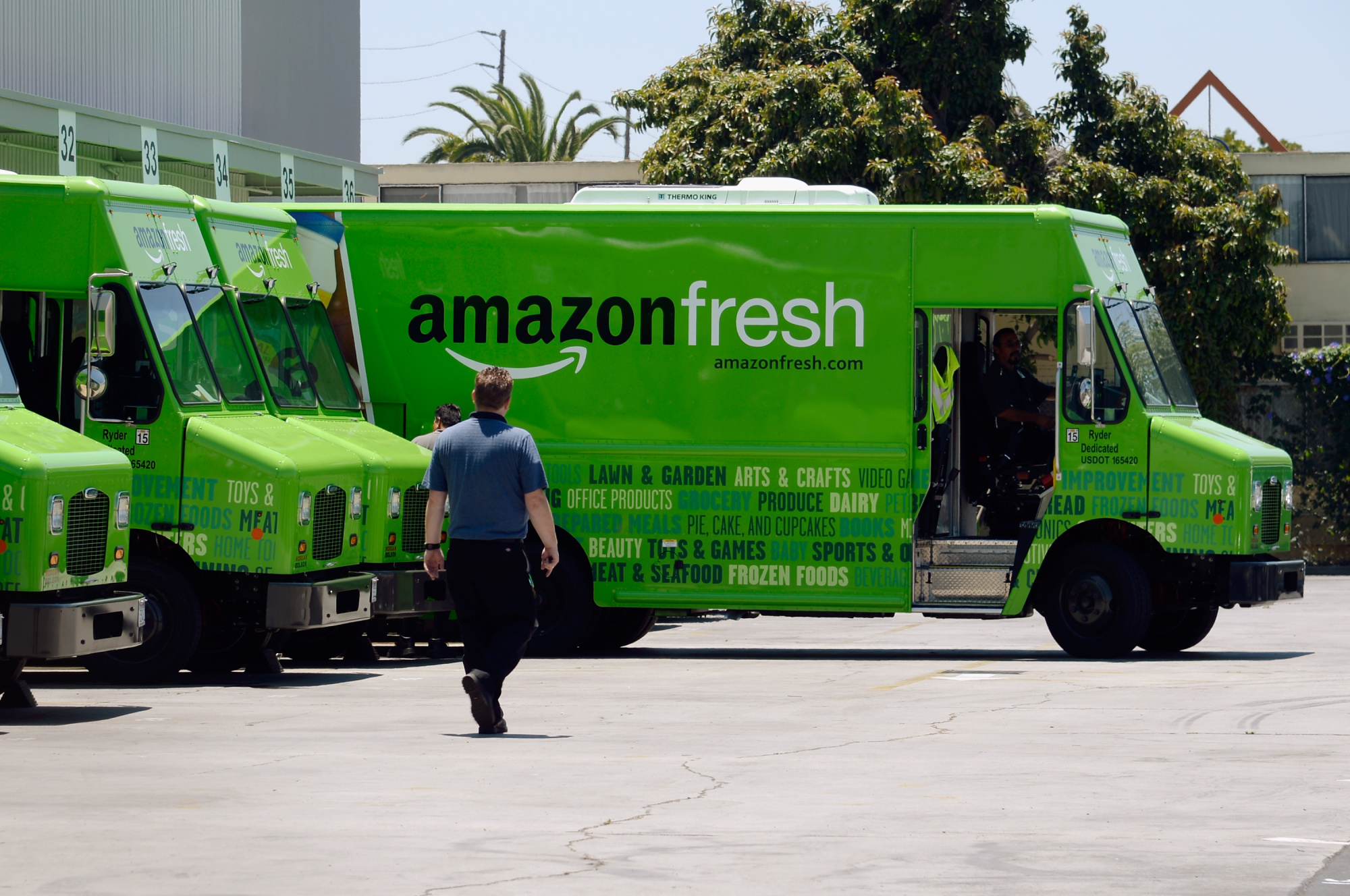 how amazon will kill your local grocer gadfly