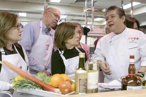 Patrons get pro tips from the Pecko Zantilaveevan, the Four Seasons' Executive Chef. Dishes made that day include crispy oysters and crabmeat cakes.