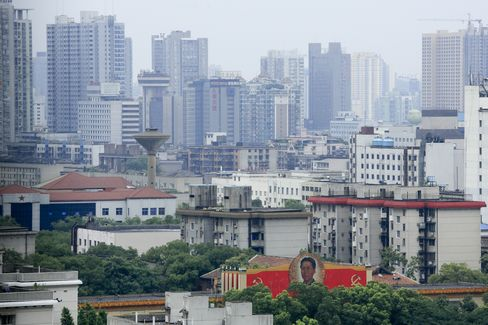 China's Old Model Alive in Changsha as Debt Funds New Rail Line