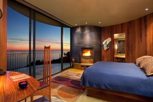 The smart money in Big Sur goes to The Post Ranch Inn.