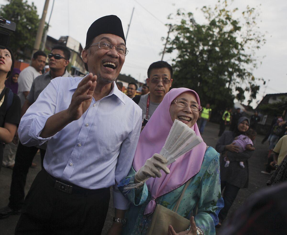 Goodbye Malaysian Cronyism, Hello Anwarnomics