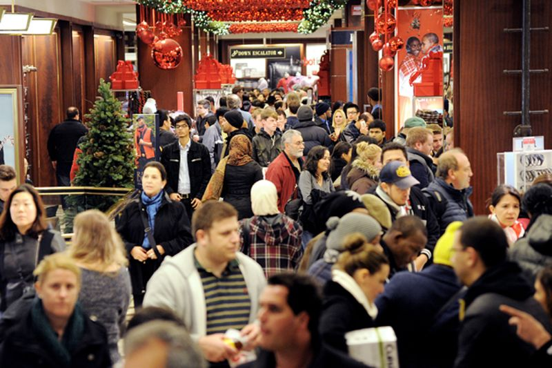 Macy's Holiday Gift to Shoppers: Staying Open 48 Hours Straight ...