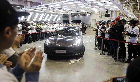 Tesla Gaining Ground Pushes China EV Bubble Toward Bursting