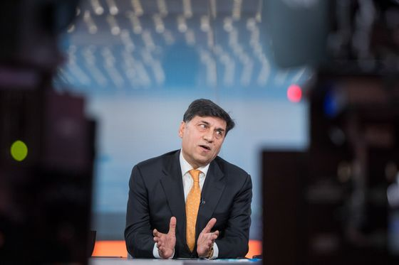 Reckitt CEO to Leave After Eight Years Capped by Setbacks