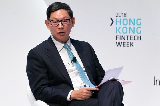 Hong Kong's Central Banker to Step Down After a Decade in Charge