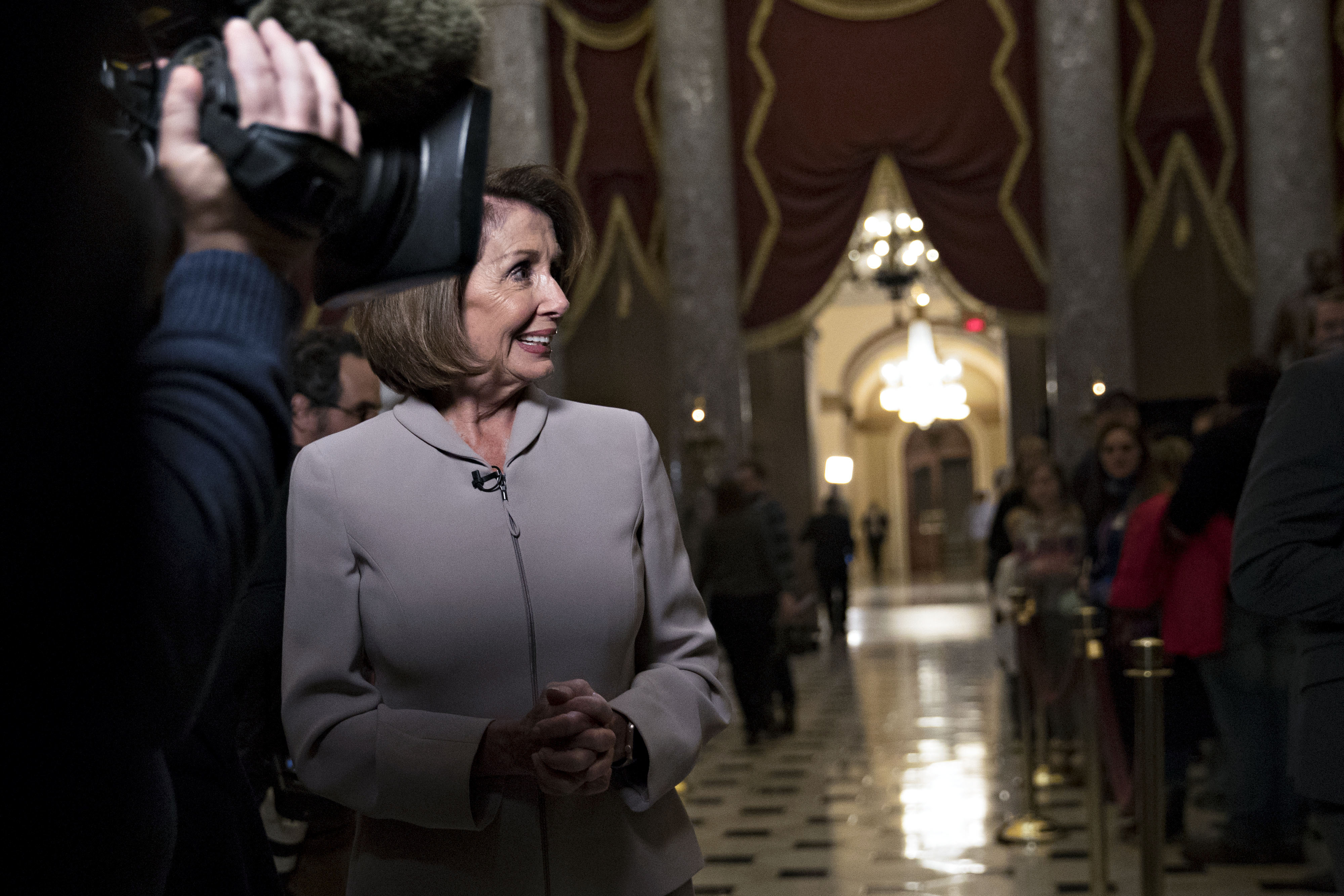 House Democrats Try to Ease Threat of Battle Over Debt Ceiling ...