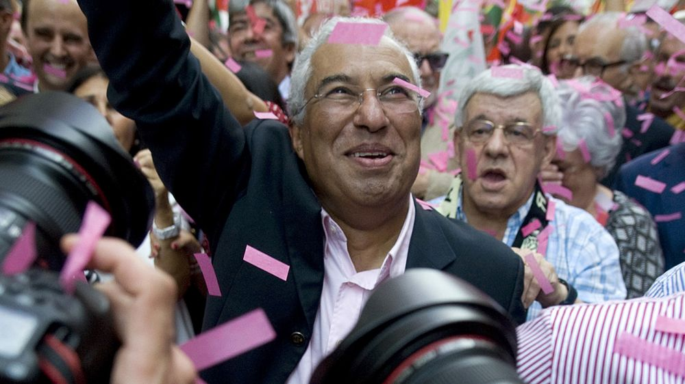 Antonio Costa is winning over voters again.