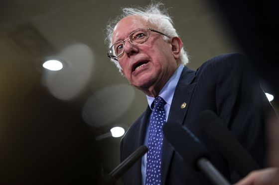 Sanders Says He Will Release 10 Years of Tax Returns 'Soon'