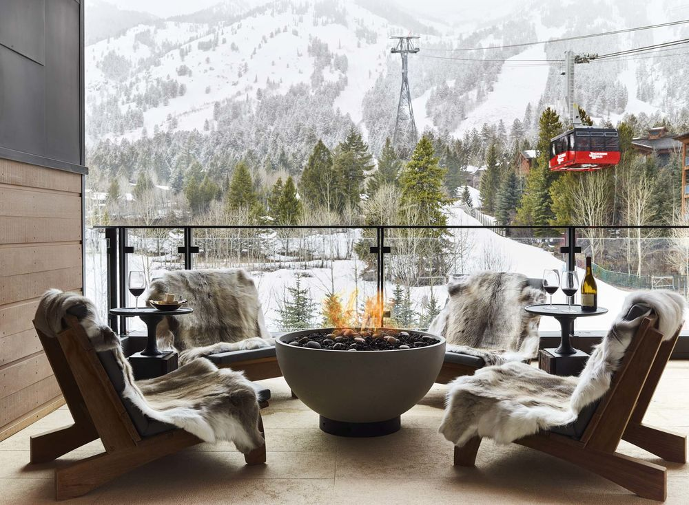 758f07f6cc7 Best New Ski Hotels in the Rockies and the Alps - Bloomberg