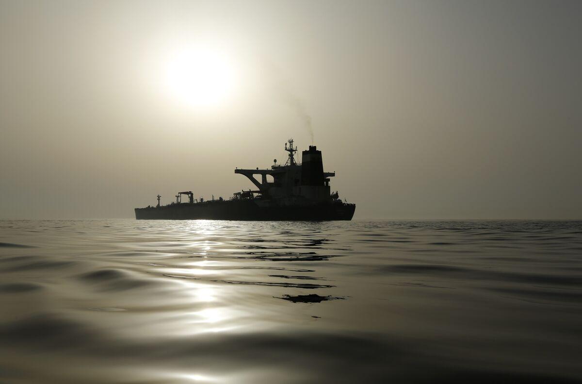 Iran Oil Tanker Adrian Darya 1 Changes Destination to Turkey