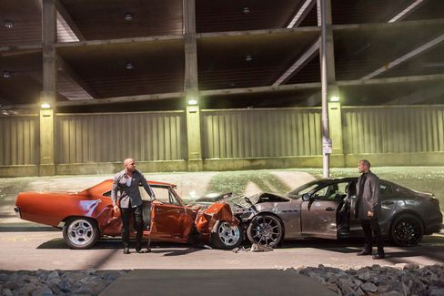 Vin Diesel and Jason Statham in Furious 7.