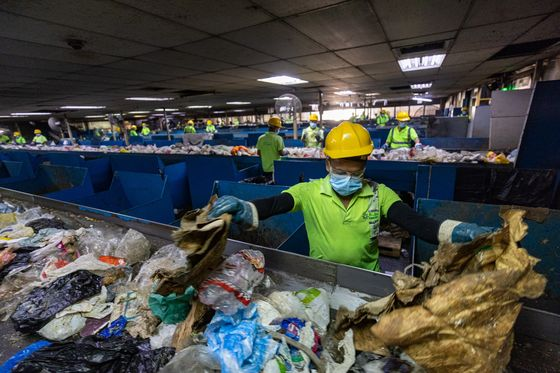 UAE Plans to Burn Mountains of Trash After China Stops Importing Waste
