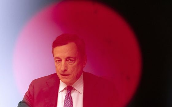 Four Weeks That Will Determine Fate of the ECB's Bond Buying