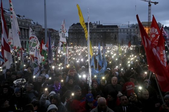 Orban's Propaganda Machine Keeps Hungarian Protests in Check
