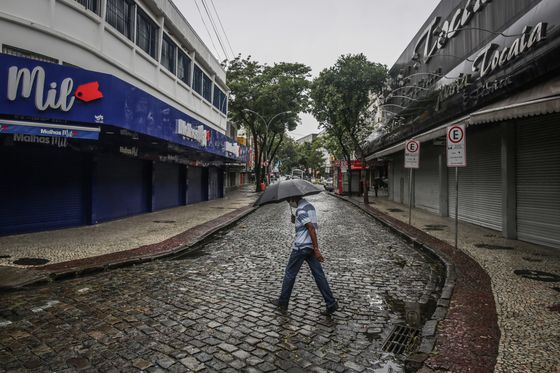 Bolsonaro Slams Lockdowns Amid Rising Virus Death Toll