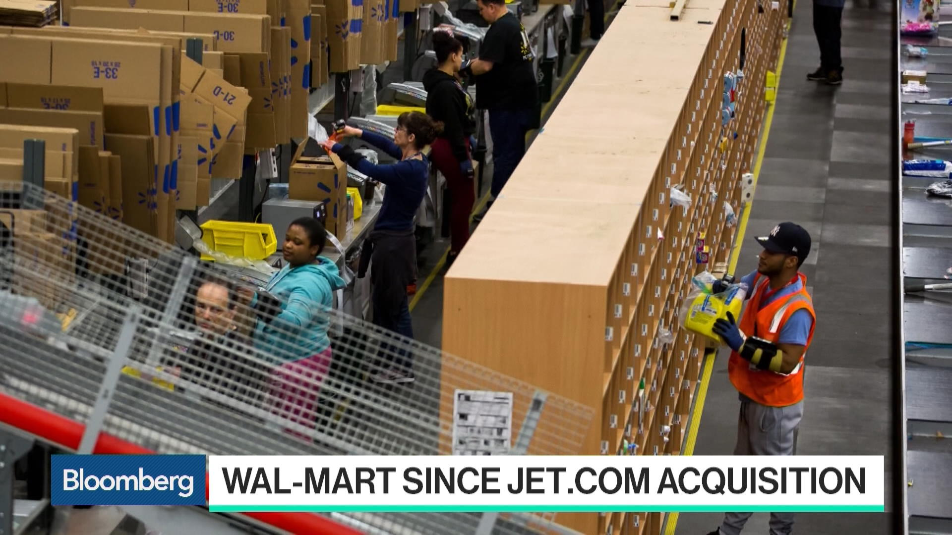 walmart ecommerce ops Two years ago walmart ecommerce moved from a small hadoop cluster to a big one (250 modes) and has since used hadoop to consolidate 10 different websites.