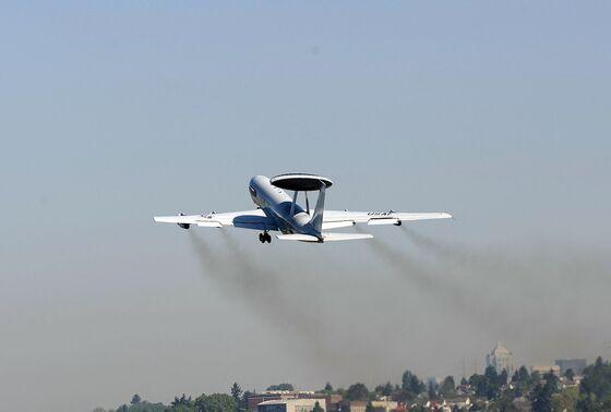 U.S. Scraps Boeing Upgrade of Surveillance Plane'sRadar