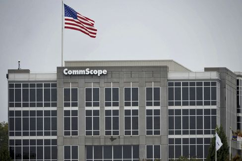 CommScope in Talks With Carlyle for $3 Billion Buyout