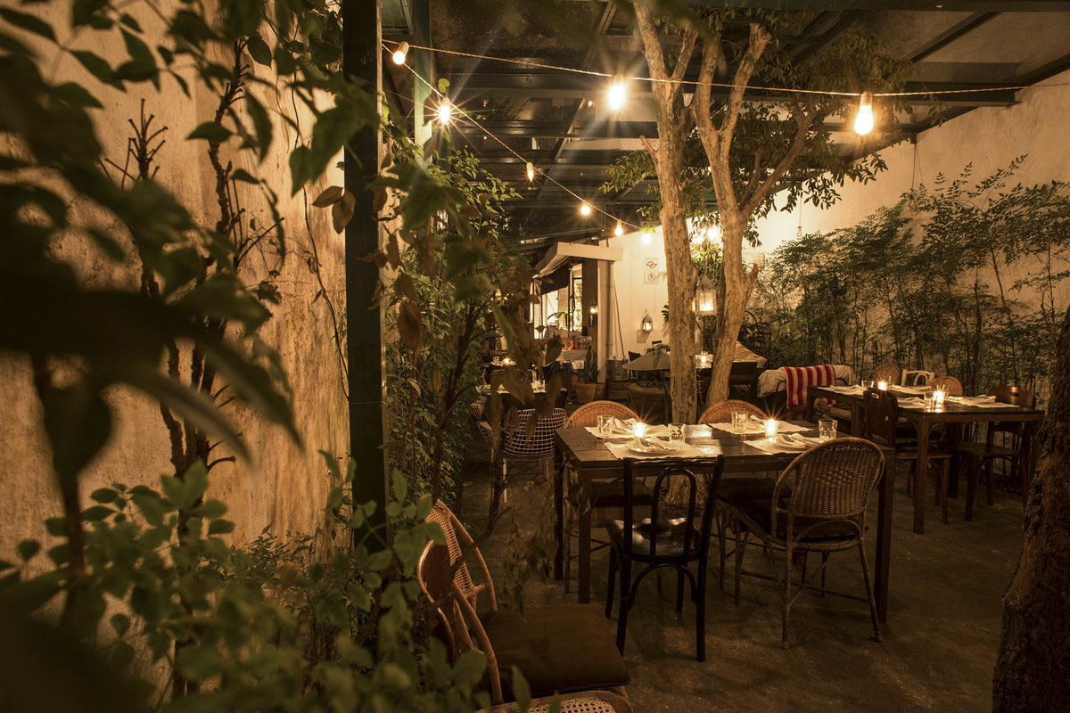 The 26 Best Date Spots Around the World - Bloomberg