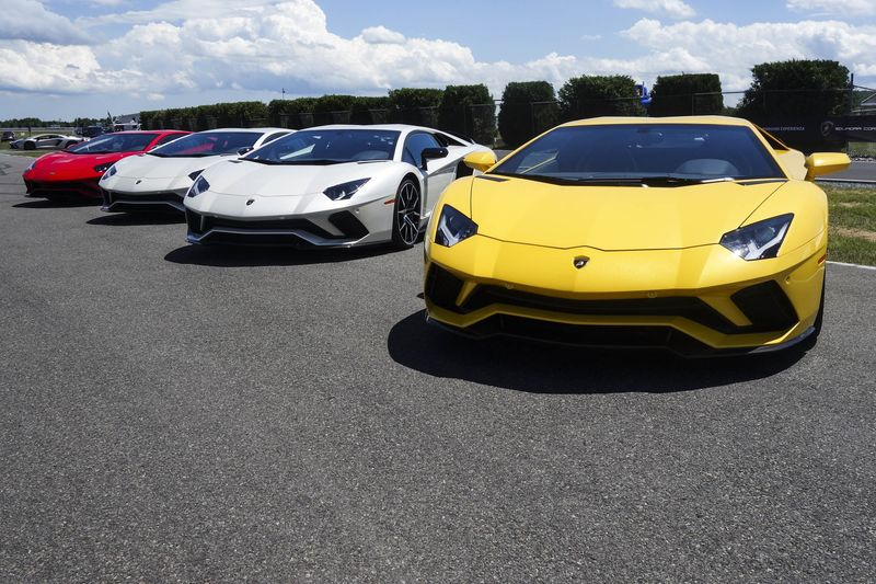 The Aventador S Will Completely Replace The Aventador.