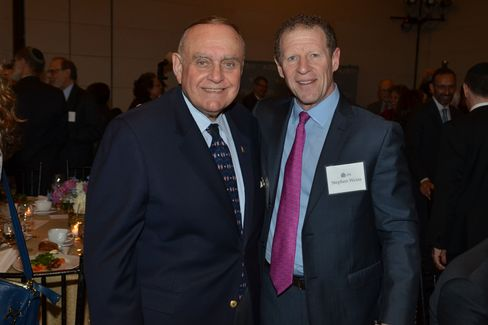 Leon Cooperman and Stephen Weiss