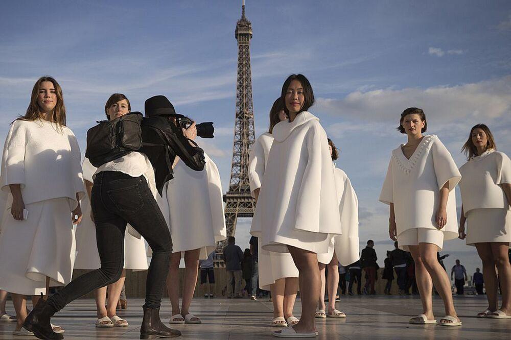Γιατί οι Gucci και Dior θέλουν να ανοικοδομήσουν την Παναγία των Παρισίων