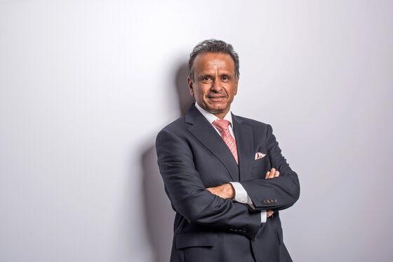 Samsonite CEO Quits in Short-Seller Win Over Household Brand