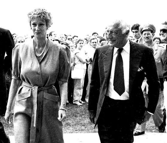 Marella Agnelli, Widow of Fiat's Giovanni Agnelli, Dies at 91