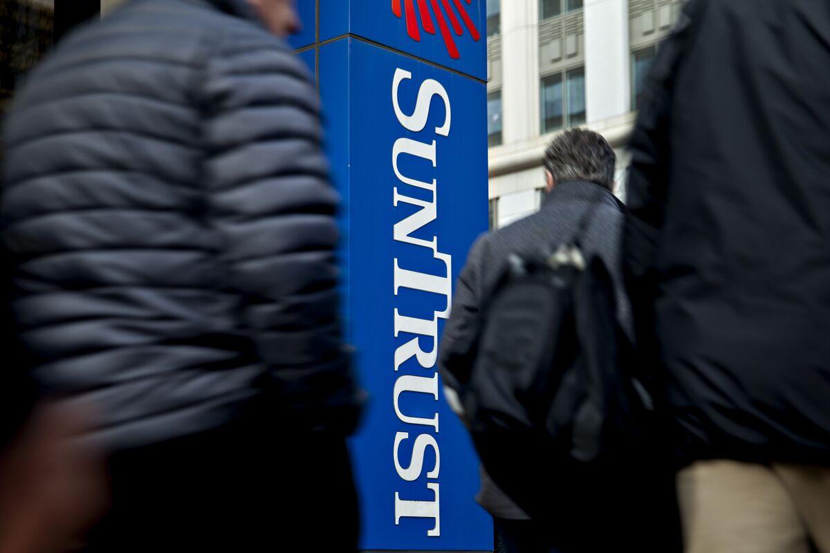 BB&T (BBT) to Buy SunTrust (STI) in Biggest Bank Merger in