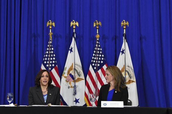 Biden Faces Fresh Voting-Rights Pressure With Texas Showdown