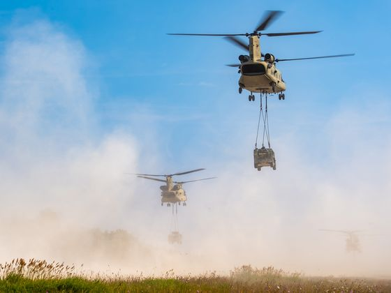 U.K. Reaches $2 Billion Deal to Buy Boeing's Chinook Helicopters