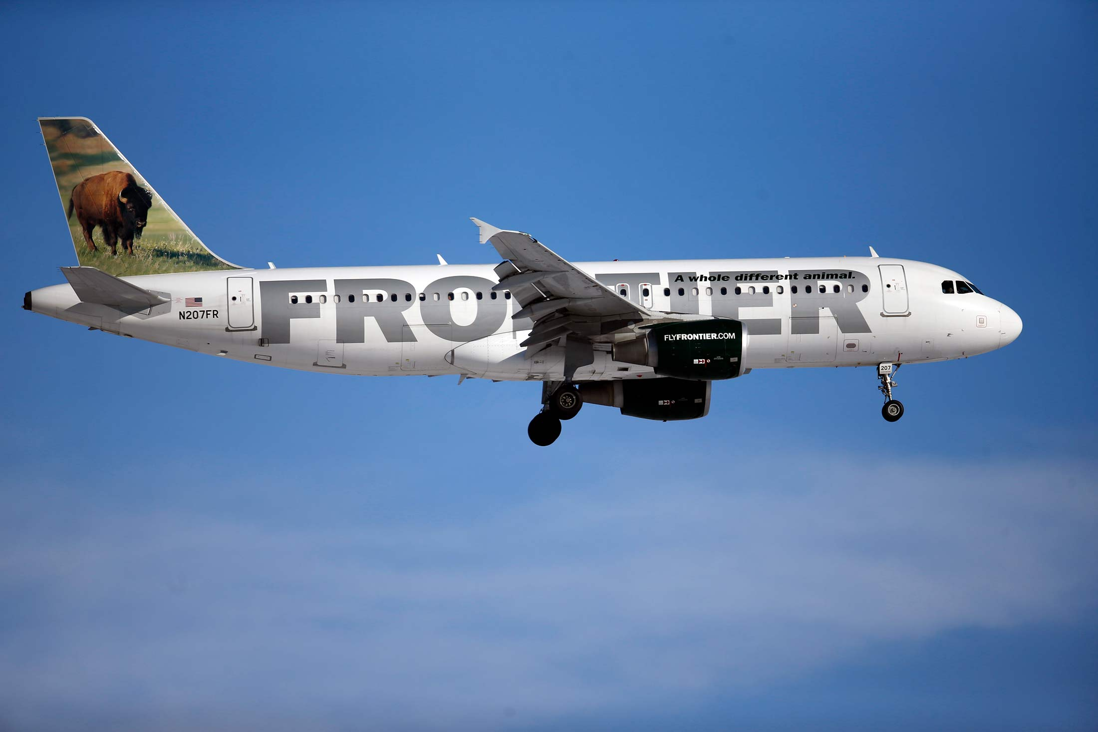No frills airline frontier files for us initial offering bloomberg buycottarizona Choice Image
