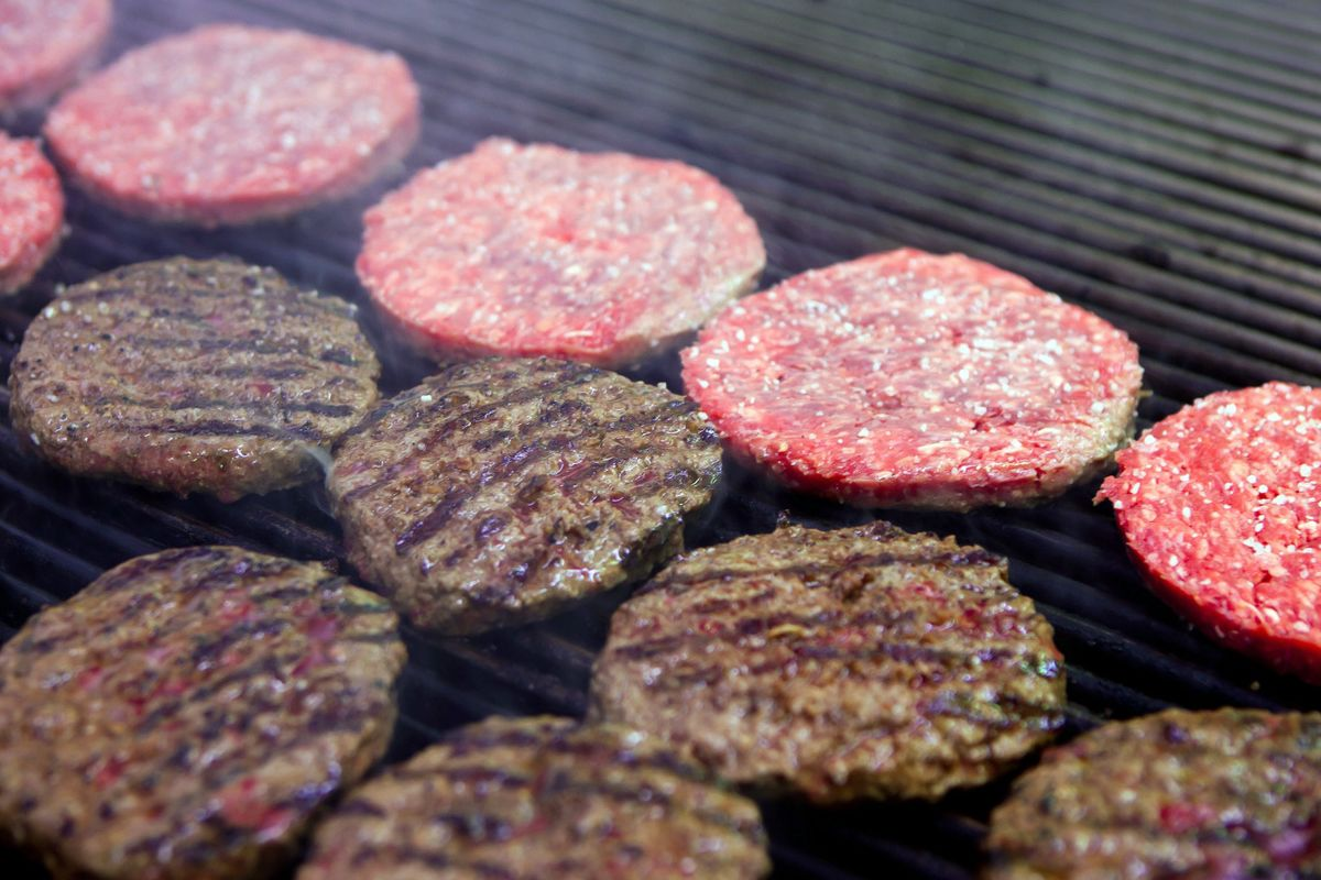 Beef Falls Out of Favor as Americans Chomp on Fewer Hamburgers