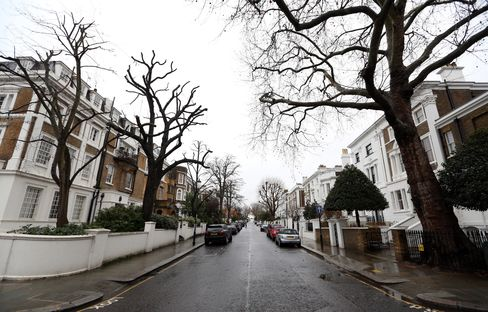 London Luxury-Home Prices Rise Most in 10 Months as Pound Slides