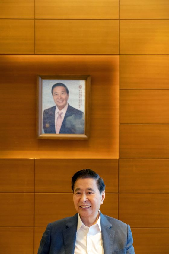 A Q&A With 91-Year-Old Retiring Billionaire Lee Shau Kee