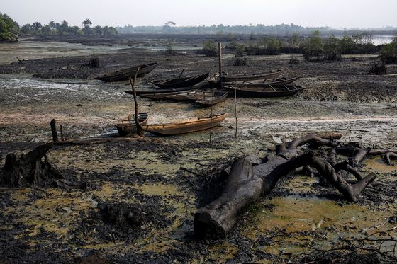 Nigeria's Oil Curse Could Become an Opportunity