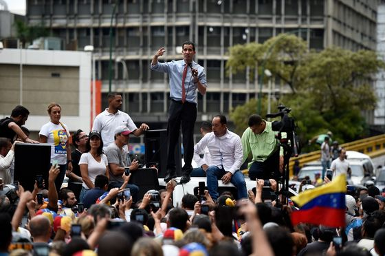 Fatigue Sets In as Venezuela Opposition Tries to Rally Crowds