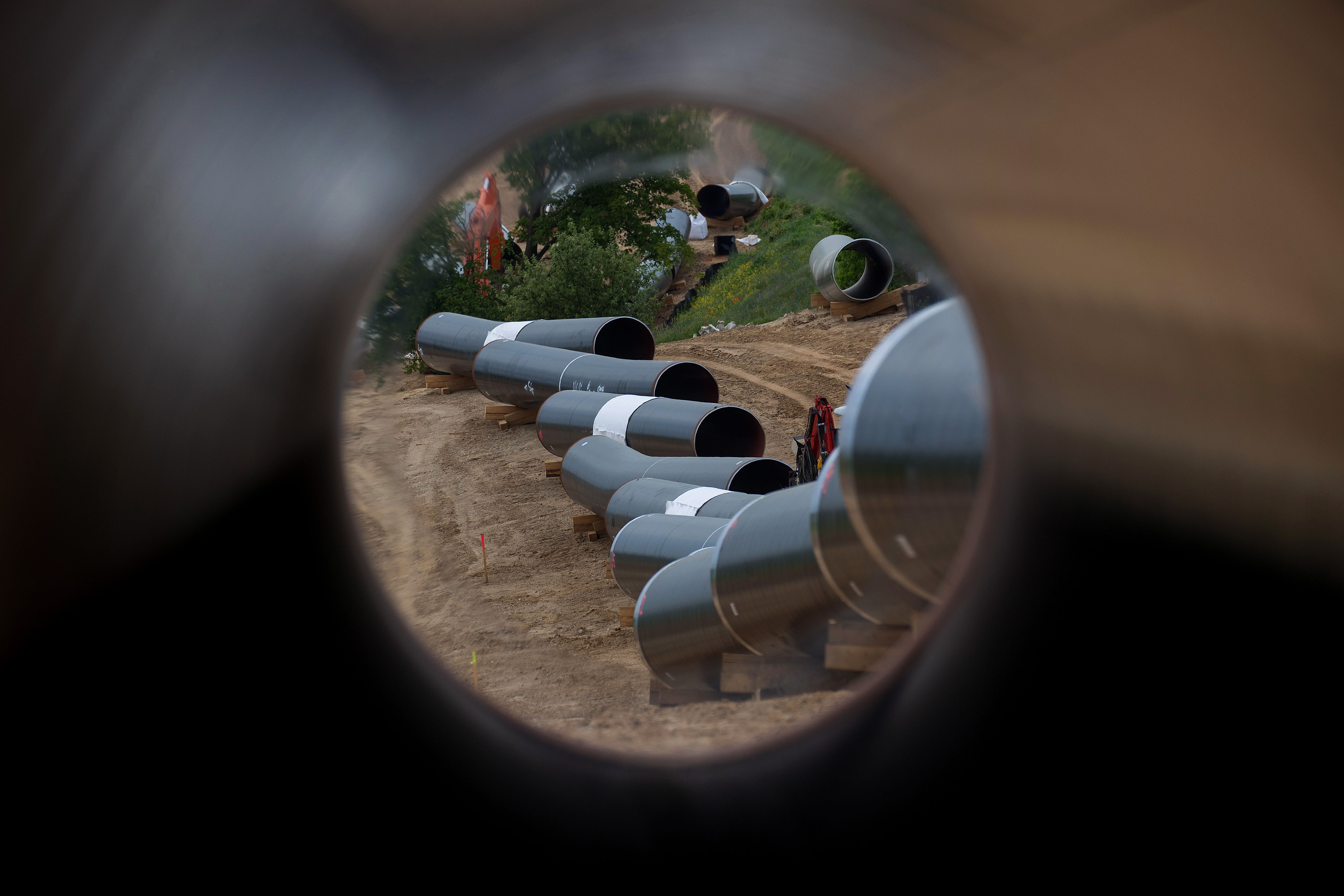 Trump Says He's Considering Sanctions to Block Nord Stream 2