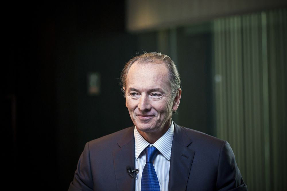 Morgan Stanley Lifts CEO's Pay 20% to $27 Million for 2017