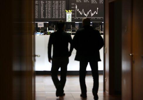 European Stock Futures Retreat Before Euro-Crisis Consultations