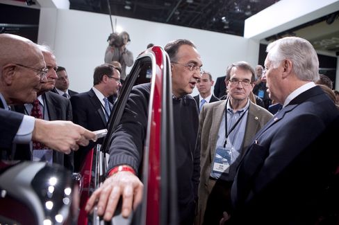 Fiat Chief Said to Have Proposed Combination With Opel, Peugeot